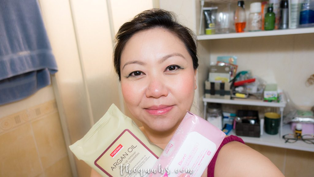 reviewing biore and purederm makeup remover wipes